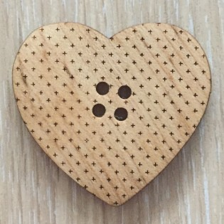 BUTTON - WOODEN HEART SMALL 1