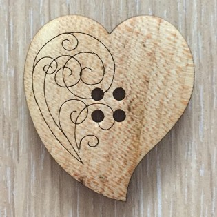 BUTTON - WOODEN HEART LARGE 4